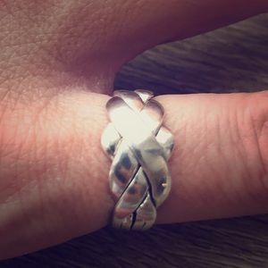 Jewelry - Silver Puzzle Ring